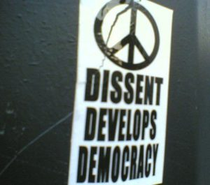 blog strategy dissent 300x265 Why Blogs Will Kill Dissent