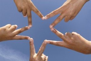 star hands 300x200 Brand Community Managers Take Heed of Managing Online Forums