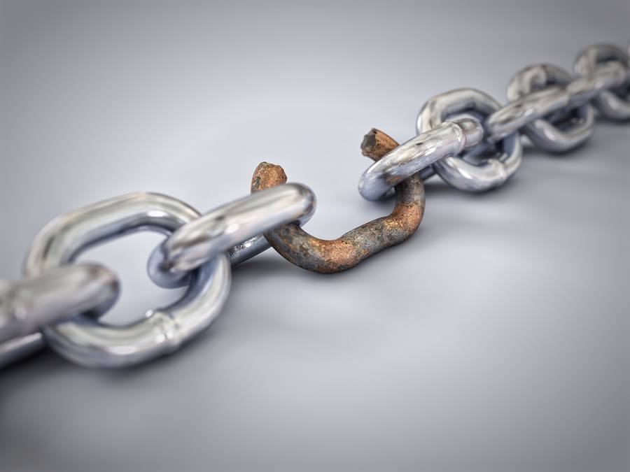 bigstock A chain with a broken rusted 37045324 How to Waste Your Content Marketing Efforts