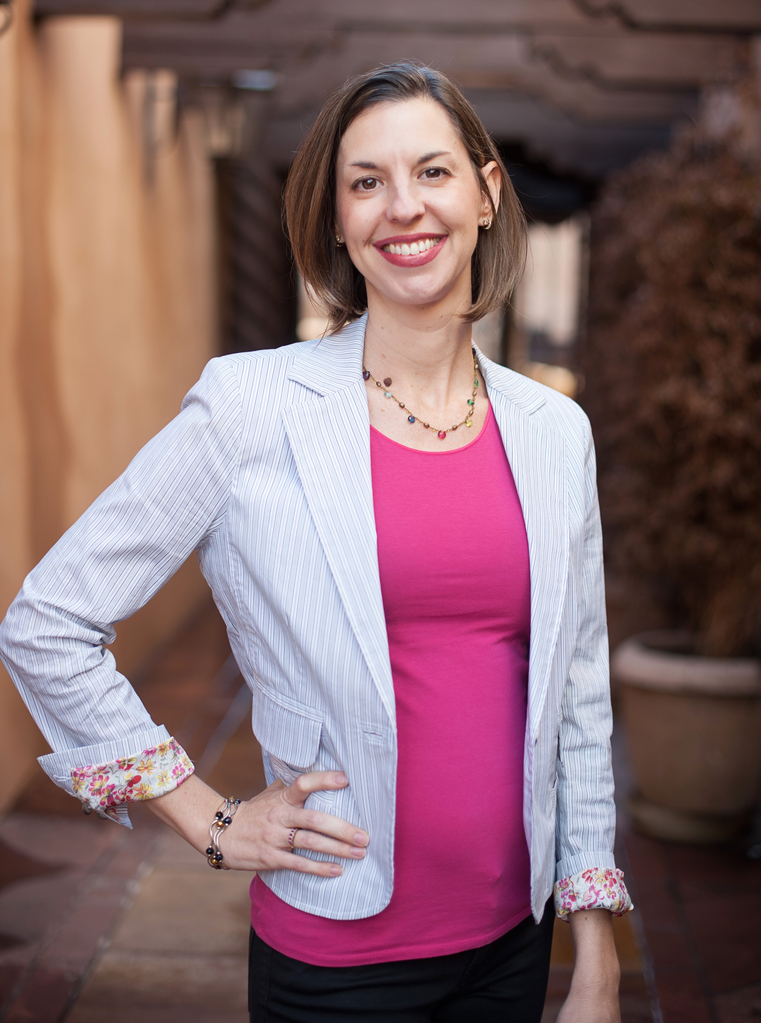 Kelly Santina, Marketing Expert